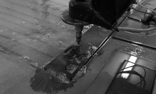 usługowe cięcie wodą wamech